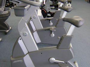Life Fitness 95 Series Upright Bike